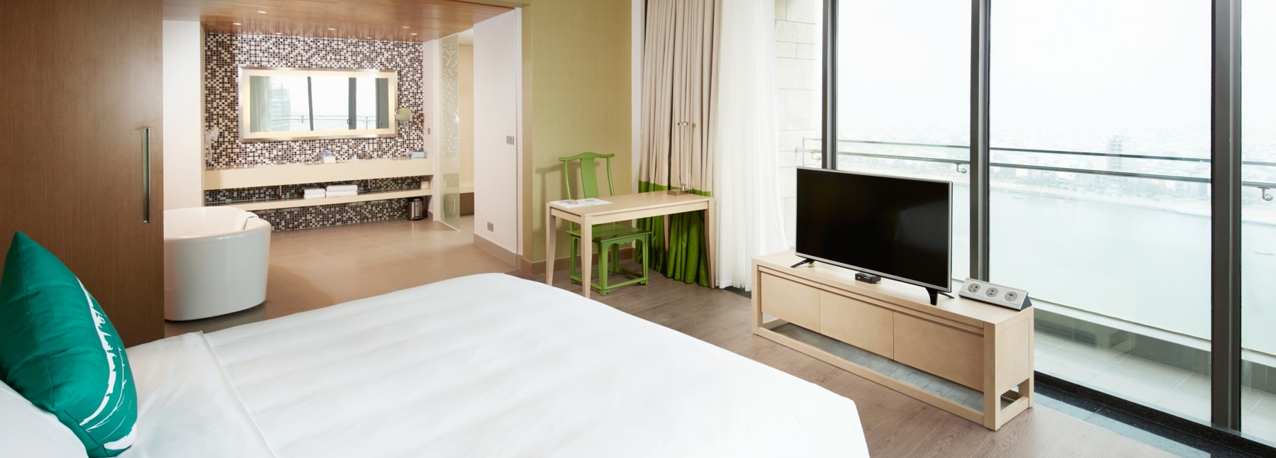 Novotel danang premier han river 3 bedroom apartments for 2 master bedroom apartments