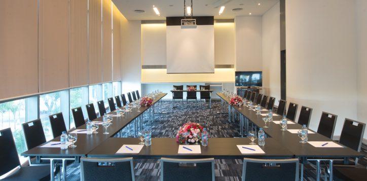 meeting1-2