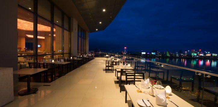 restaurant-bar-2